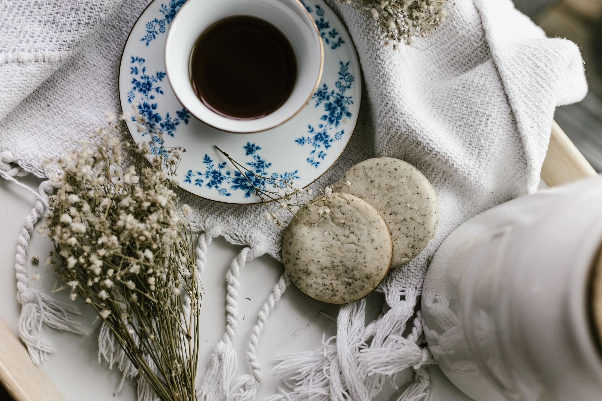 梅雨の時期には香り爽やかなアールグレイ:魅力と特徴|紅茶豆知識